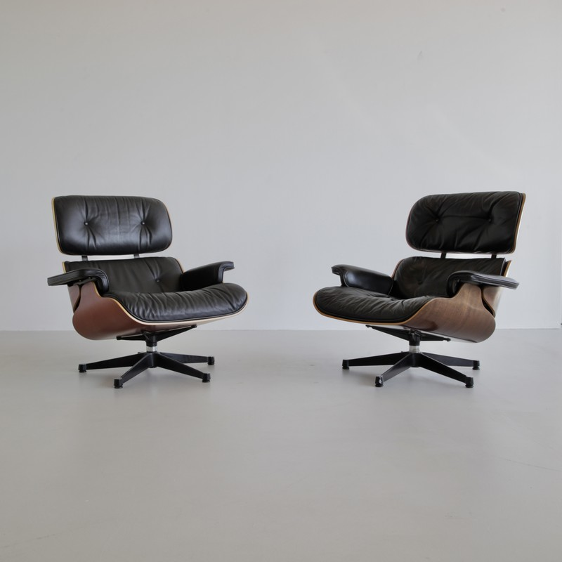 Charles & Ray EAMES Lounge Chair and Footstool, Vitra 1970s