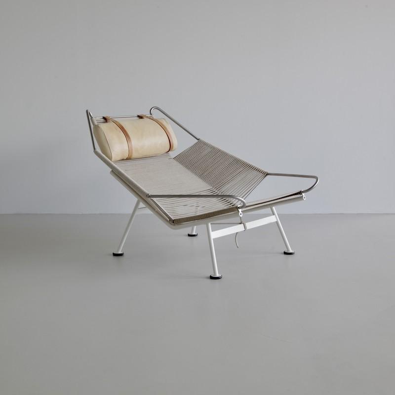 FLAG Louge Chair by Hans J. WEGNER, PP225