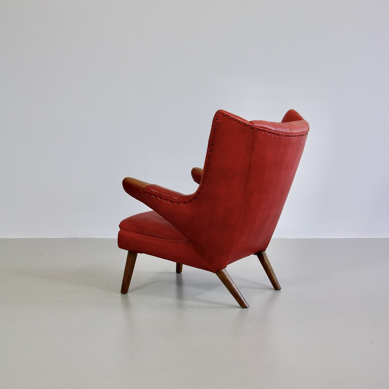 papa-bear-chair-hans-j-wegner-red-leather-footstool-space-and-chrome-vintage-back-view