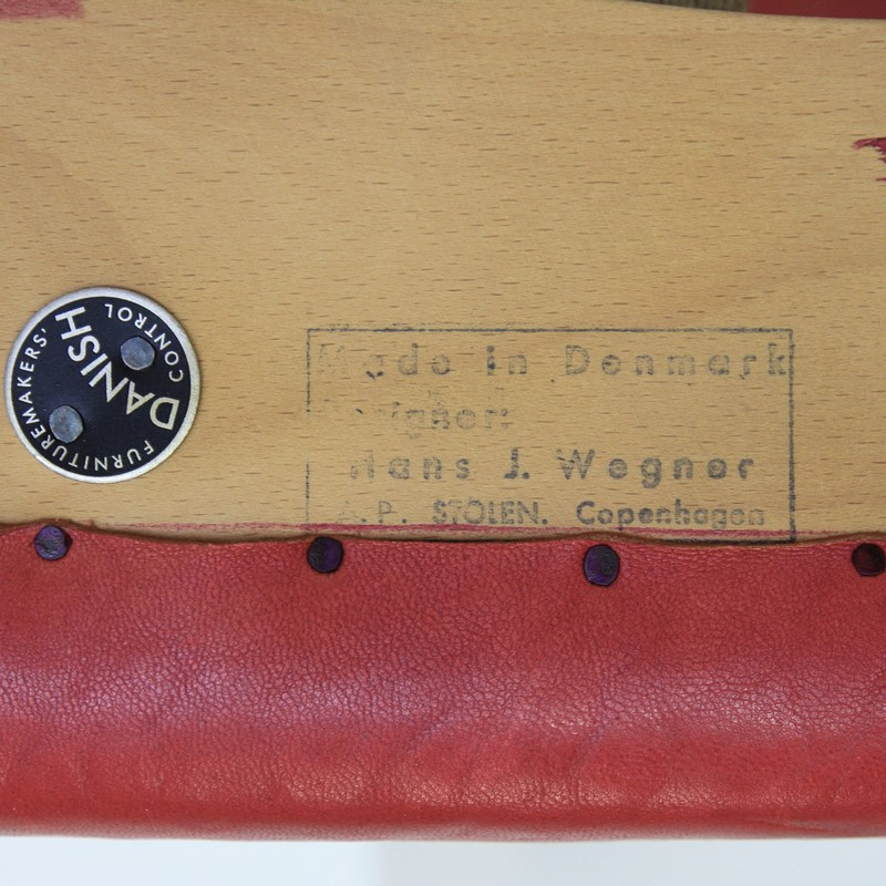 papa-bear-chair-hans-j-wegner-red-leather-footstool-space-and-chrome-vintage-label