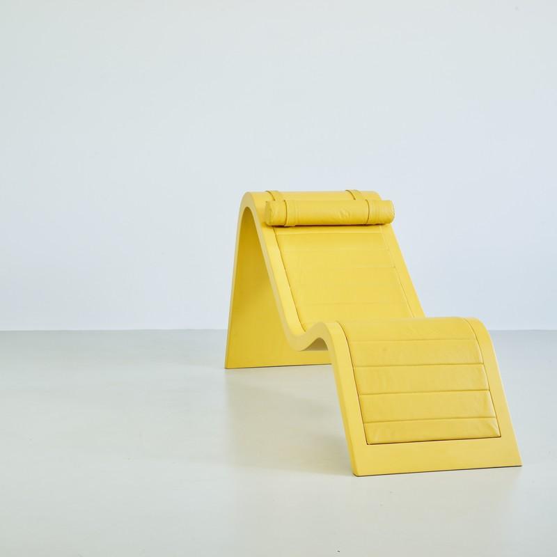 Reclining Lounge Chair  by Paulo Sergio NIEMEYER
