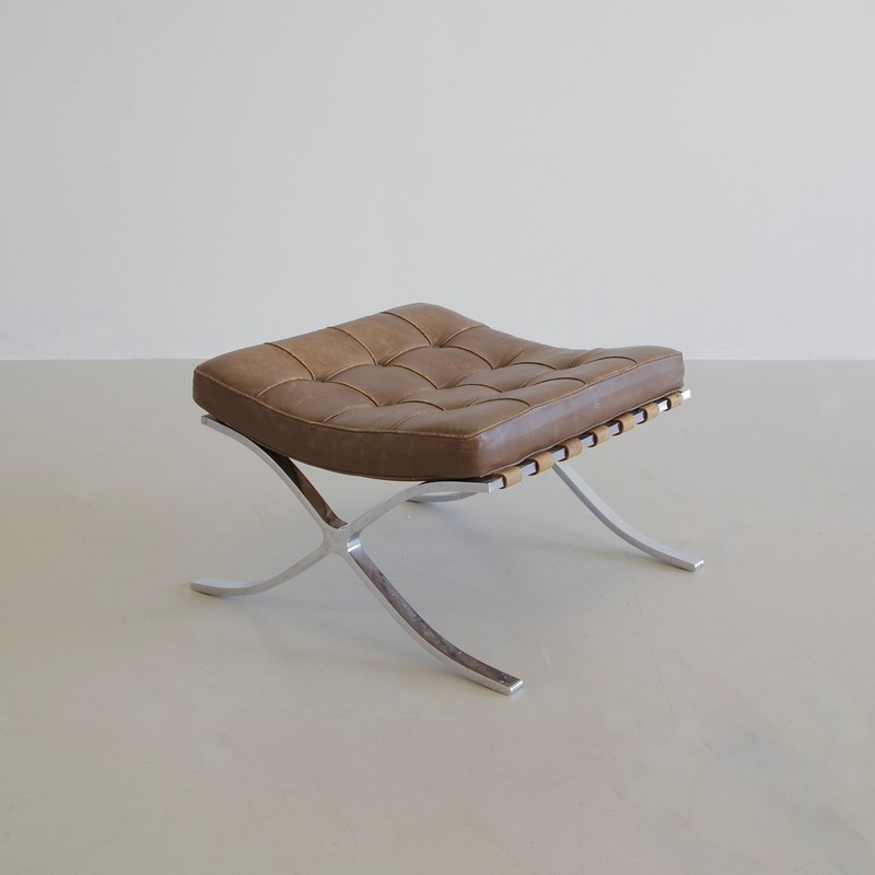 Vintage BARCELONA Chair & Footstool by Knoll International, 1970s